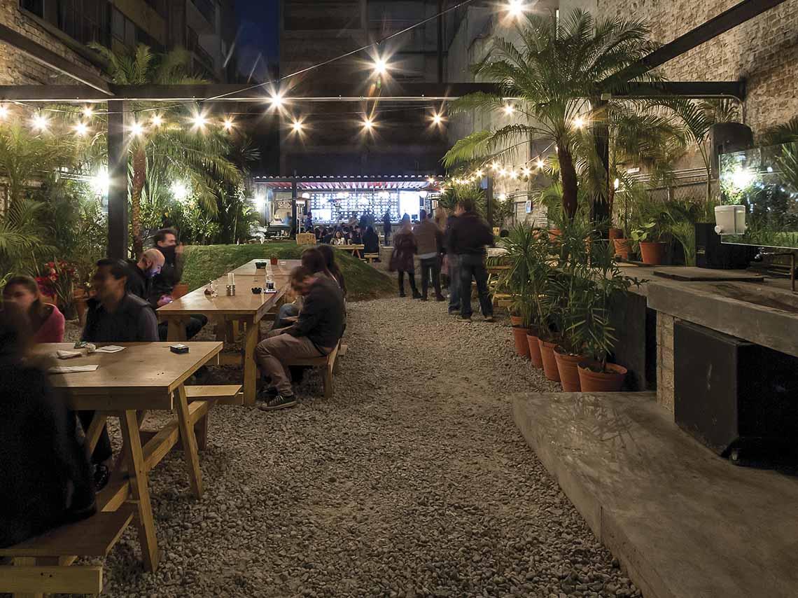 Jardín Chapultepec, el beer garden de la Roma