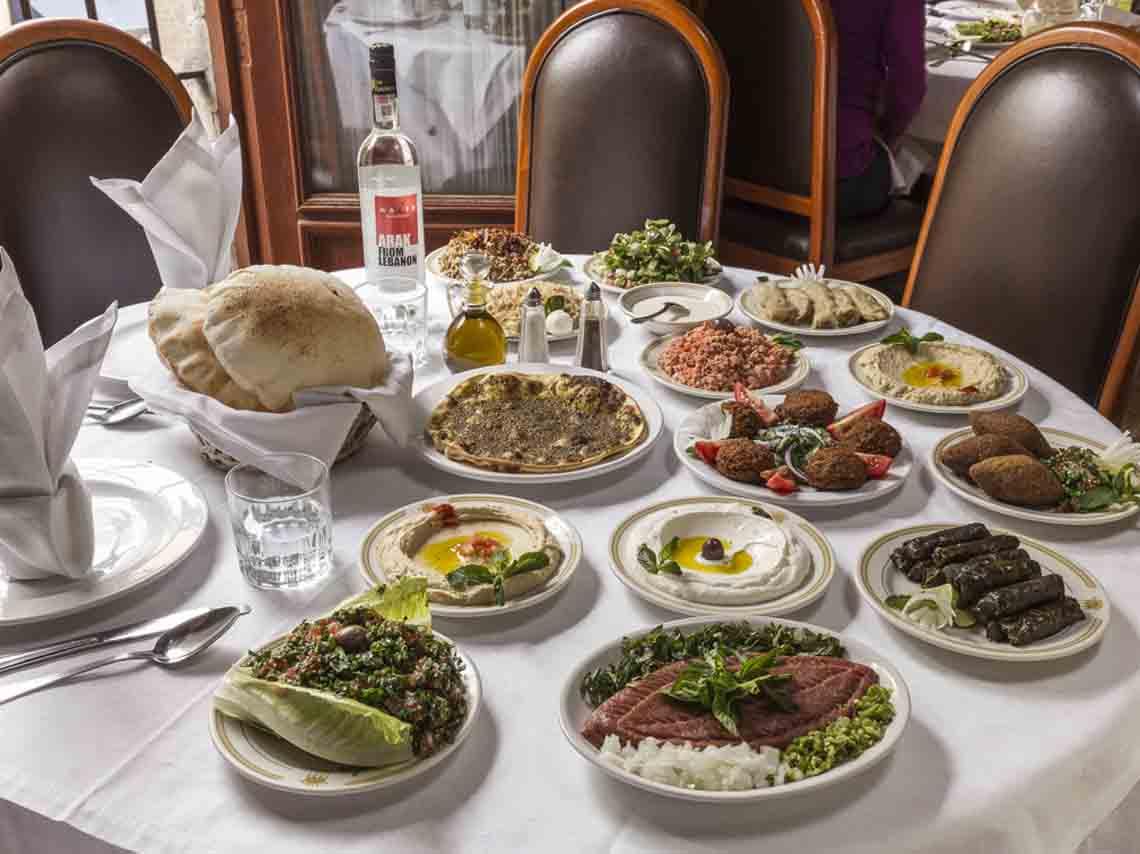 Al Andalus, cocina árabe en el Centro Histórico y la Nápoles