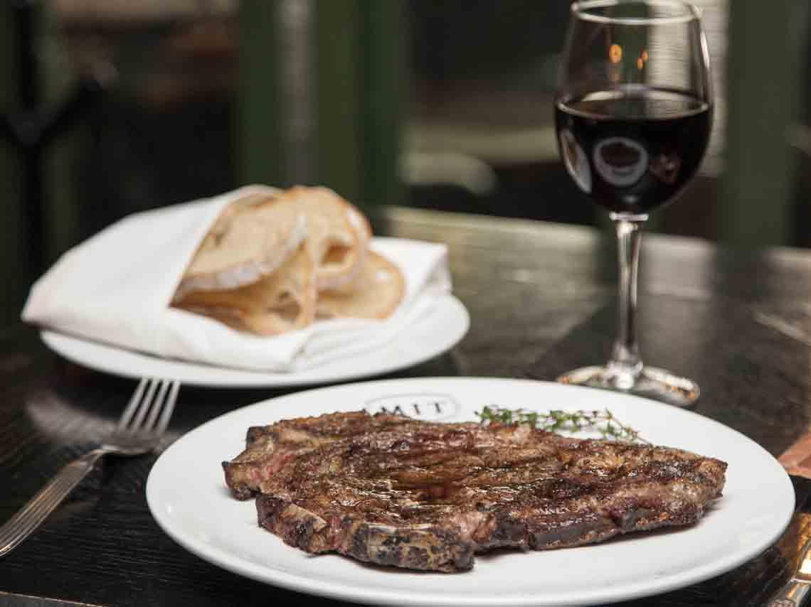 Restaurante MIT Steak Bar, cortes únicos en la Condesa