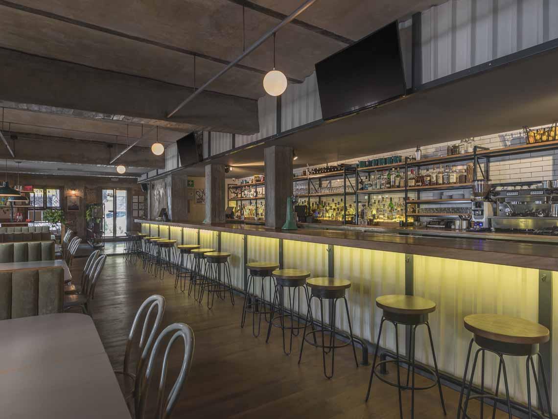 Can Can bar, juegos de mesa y snacks en la colonia Roma