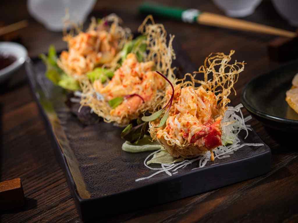 Ryoshi, comida oriental festiva en Masaryk