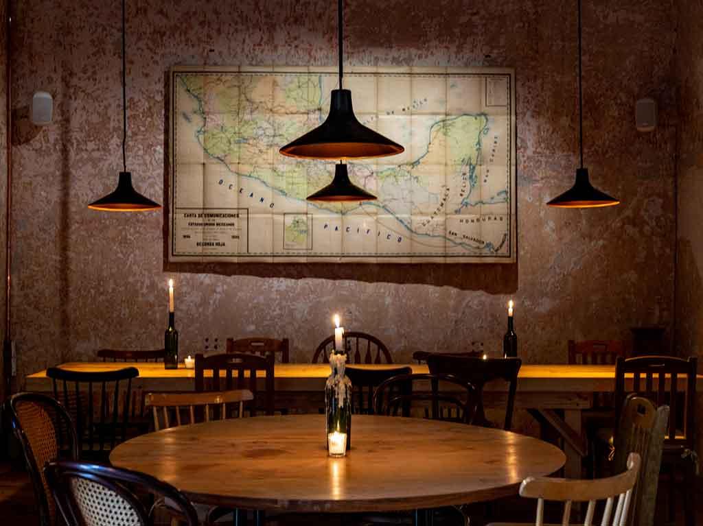 Taverna: cocina mediterránea de humo al estilo europeo