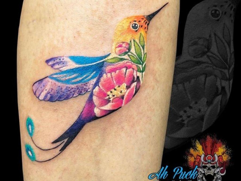 Ah Puck: Estudio de tatuajes y piercings