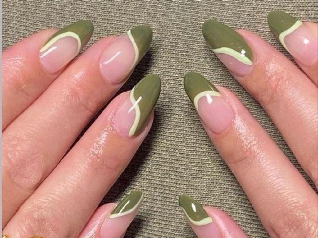 Evet, manicure, pedicure and fish spa
